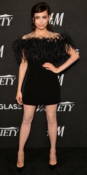 dress,sofia carson,black dress,mini dress,feathers,pumps