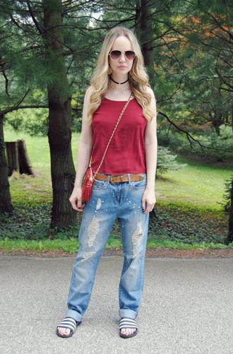 devorelebeaumonstre blogger shirt jeans jewels bag belt shoes