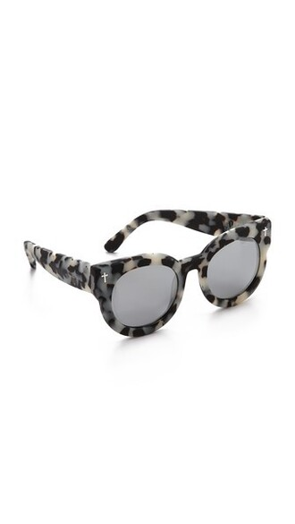 snow sunglasses black