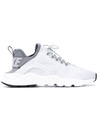 women run sneakers grey shoes