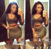 aaleeyah petty,aaleeyahpetty,charcoal,bodycon skirt,crop tops,curly hair,body chain,jewels,iphone 5s,belly piercing,skirt,top,blouse,shirt,pencil skirt,dress,two-piece