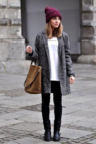 coat burgundy beanie grey coat white sweater brown bag black skinny jeans black boots blogger