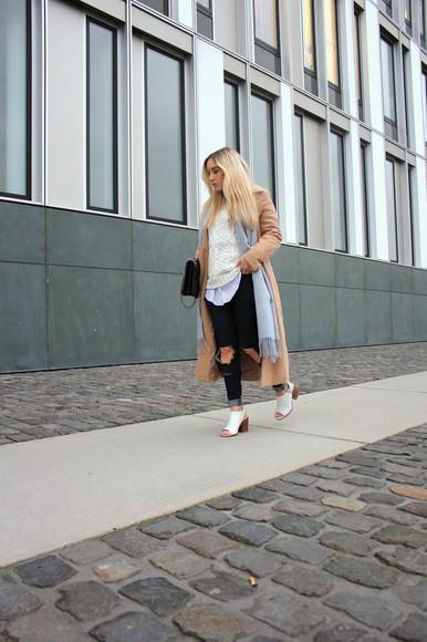 scarf blogger bag jeans fashion twinstinct camel coat peep toe heels knitted sweater