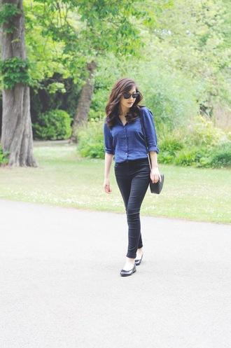 temporary secretary blogger shirt jeans shoes bag sunglasses