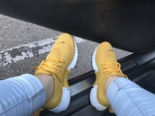 shoes,yellow,nike shoes,nike,yellow shoes,mustard