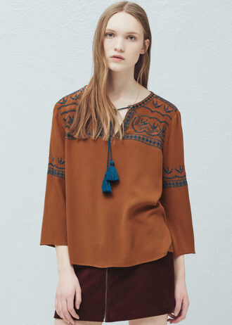 blouse embroidered tassel
