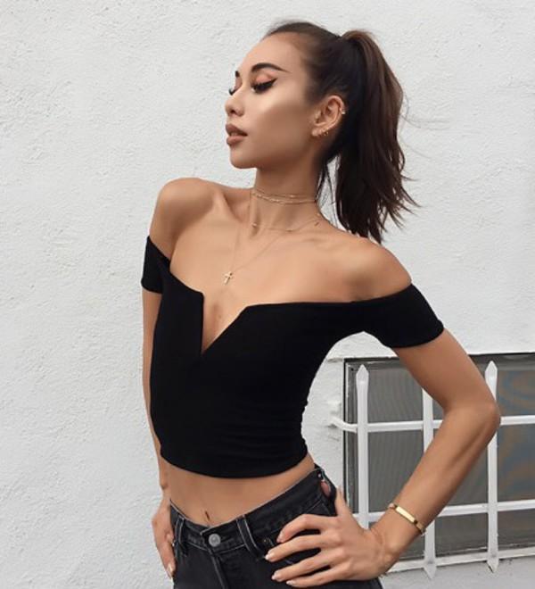 blouse girly black black top crop tops crop cropped off the shoulder off the shoulder top v neck