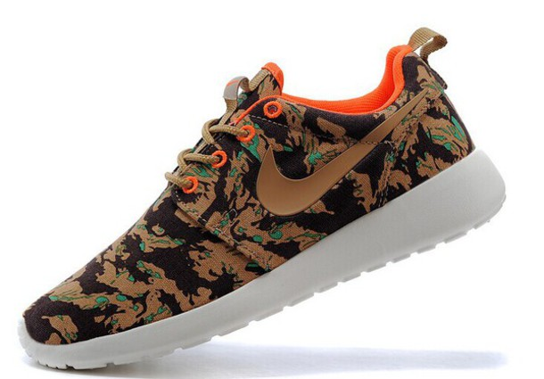 shoes nike roshe run hunter camo