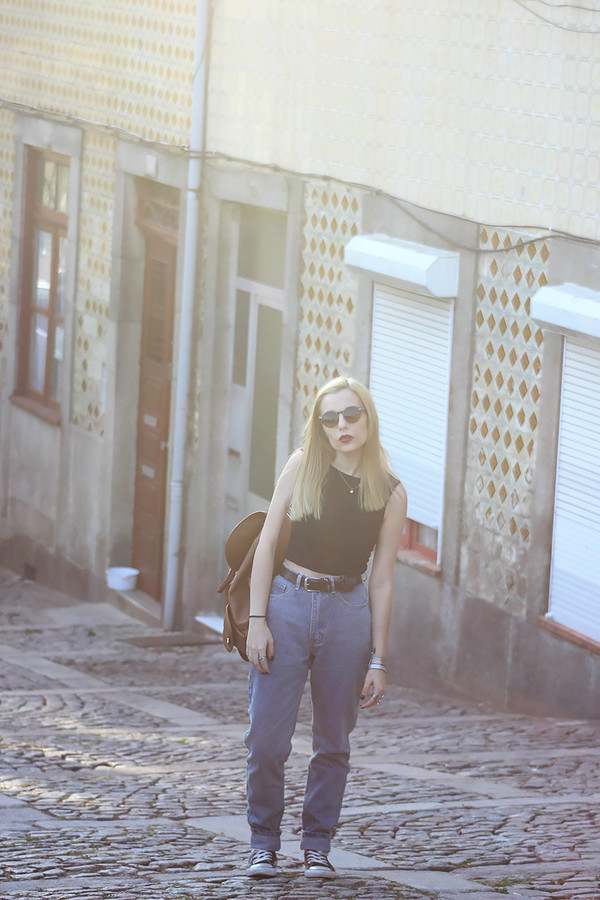 the black effect blogger jeans top