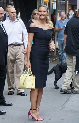 dress off the shoulder midi dress black dress sandals heidi klum purse summer dress summer outfits model off-duty shoes black off shoulder dress sexy dress bodycon dress yellow dress sandal heels high heel sandals velvet shoes velvet sandals
