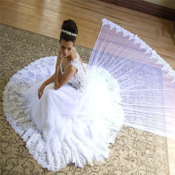 Dress bling bling wedding dresses sexy back wedding for Plus size bling wedding dresses