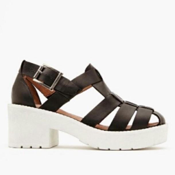 Shoes: white, black, chunky, platform shoes, sandals, 90s ...