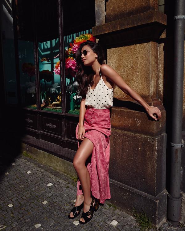 skirt pink skirt top shoes sandals black sandals sunglasses
