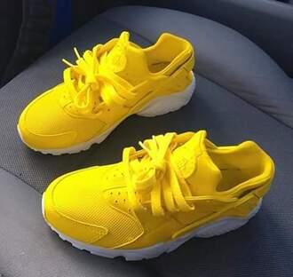 shoes huarache yellow sneakers low top sneakers nike