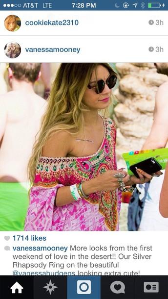 shirt vanessa hudgens sunglasses