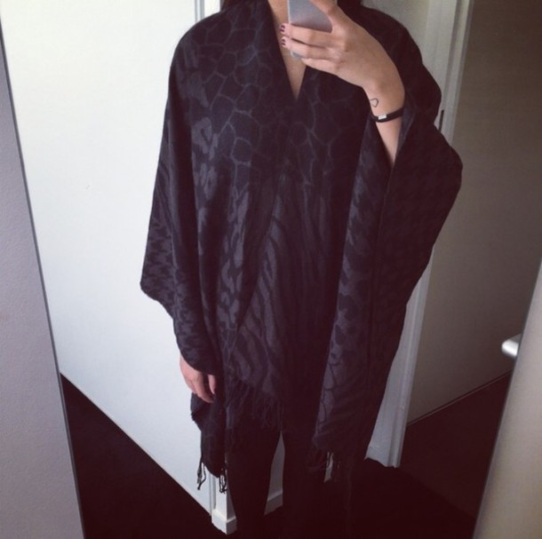 cardigan poncho cape animals black