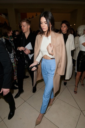 top cropped white top coat heels blue camel brown crop tops white crop tops long sleeves long sleeve crop top crop white kendall jenner winter coat long coat camel coat wool coat pants beige white shirt nude heels high waisted curved hemline pointed toe pumps