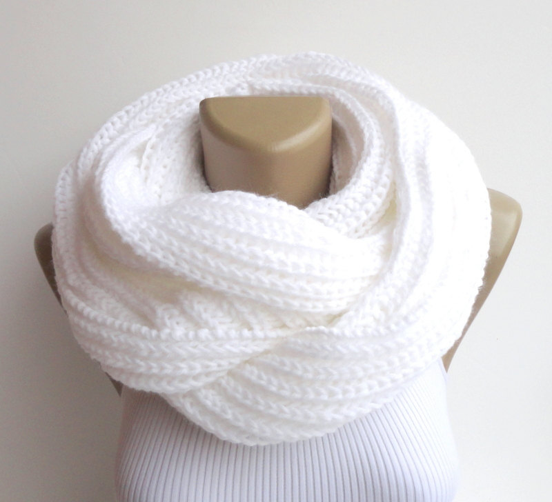 white infinity scarf ,knit men women scarf scarves ,unisex knit scarf chunky circle scarf ,neck warmer , gift ideas EXTRA SOFT senoAccessory