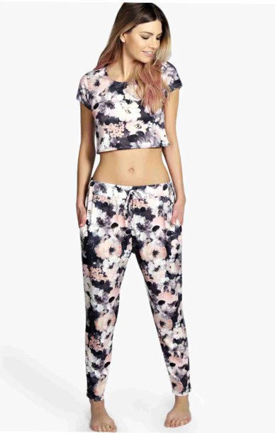 pajamas boohoo.com shirt pants