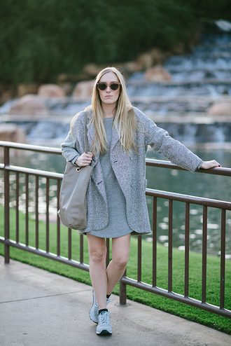 eat sleep wear blogger grey coat oversized