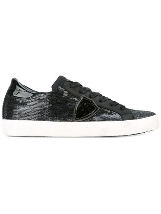 women classic sneakers lace leather black shoes
