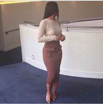 skirt pink cute love nude fleek olive green pink dress pockets pencil skirt nude pumps pointed toe on point clothing eyebrows on fleek brows on fleek fashion style kim kardashian skirt
