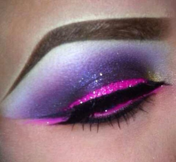 make-up pink eyeshadow purple eyeshadow fake lashes