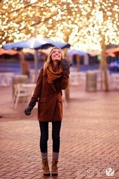 coat,brown,boots,winter coat,fall outfits,shoes