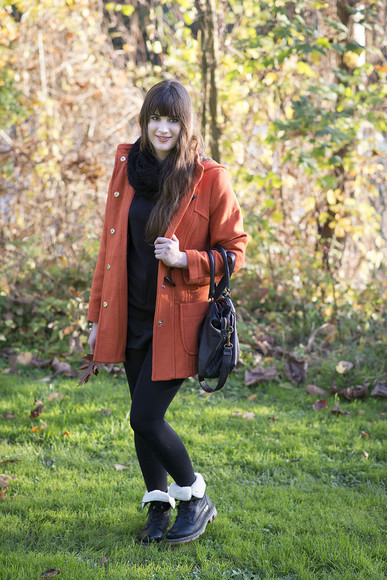 duffle coat bag blogger jewels andy sparkles scarf