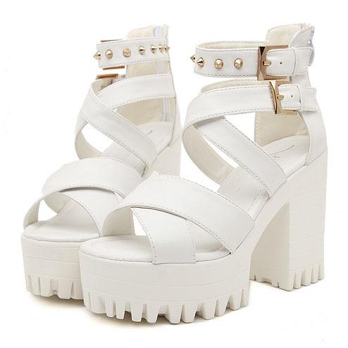 Nouvelles sandales gladiateur 2014 punk rivets femme de marque d'épaisseur. talons hauts sangle transversale dans de sur Aliexpress.com