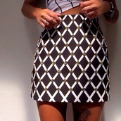 skirt,black,white,black and white,cardigan,black and white maxi skirt,pencil skirt,beaded,beaded skirt,beaded waist,black pencil skirt,skater skirt,high waisted skirt,high waist skirts,aztec skirt,aztek,sweater,black and white dip minds