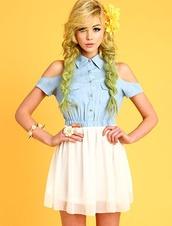 dress,denim,denim dress,cut-out,cut-out dress,cold shoulder,cold shoulder dress,light blue