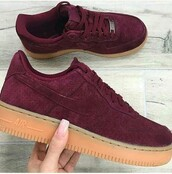 shoes,nike,cute,sleek,burgundy sneakers,suede sneakers,nike sneakers