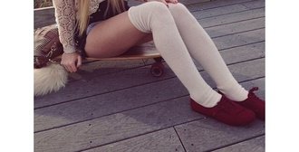 shoes red shoes flats lace up cuteness top cute girl this summer fashion trendy sassy sweater cream bea aspen mansfield jumper cream knitted sweater short cold beanie