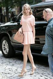 skirt,taylor swift dress,taylor swift,pink skirt,pink blouse,blouse
