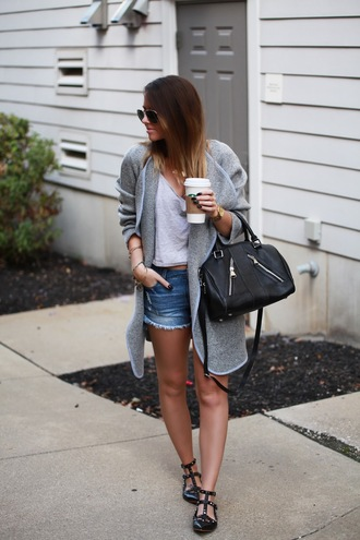 fashionably kay blogger cardigan jacket shorts top bag sunglasses