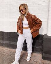 jacket,oversized jacket,puffer jacket,crop tops,joggers,sneakers,sunglasses