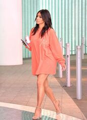 sweater,oversized sweater,kim kardashian,sandals,kardashians,sweatshirt,shirt,heels,style,fashion,kim kardashian style,high heel sandals,nude sandals