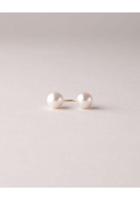 Saskia Diez  Pearl Sling Ring  |   La Garçonne