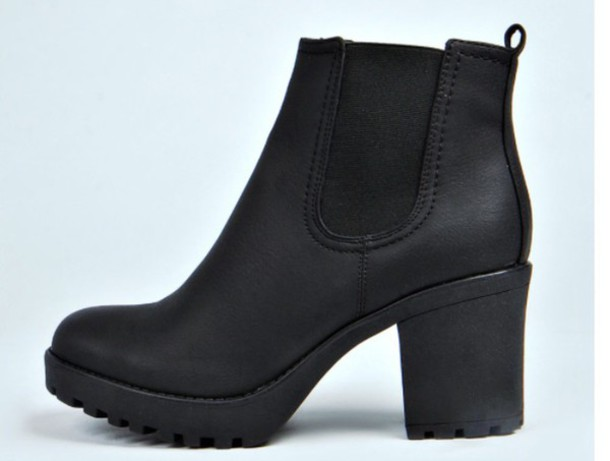 Black Leather Chunky Heel Shoes