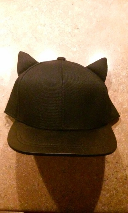 H M Hat With Cat