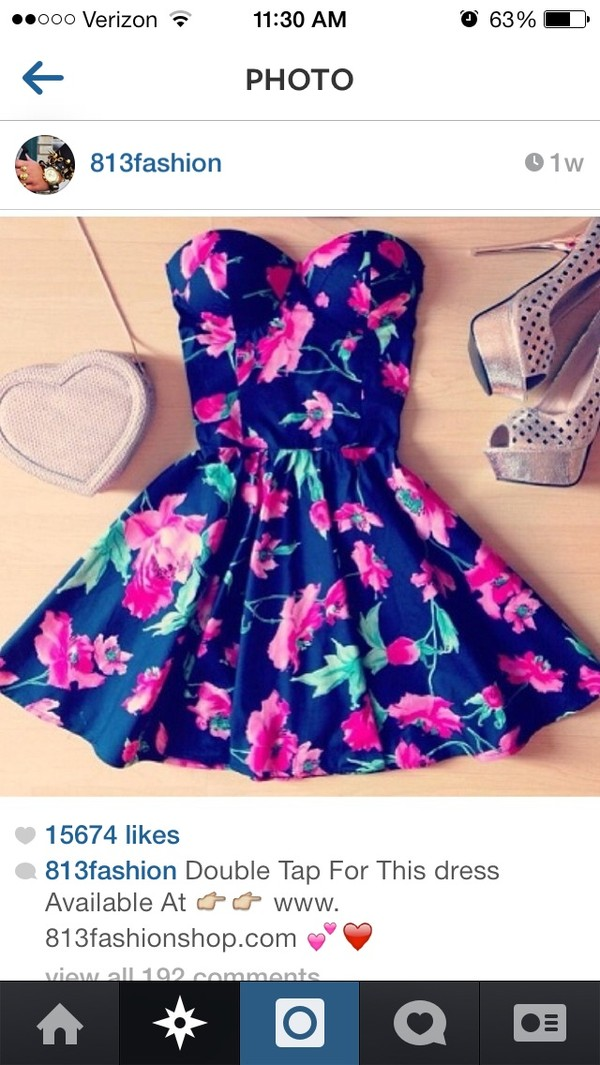 dress ariana grande floral dress rose dress heart purse floral dress heels heart bag something navy floral bag boobtube summer dress floral dress strapless flowers floral big pattern