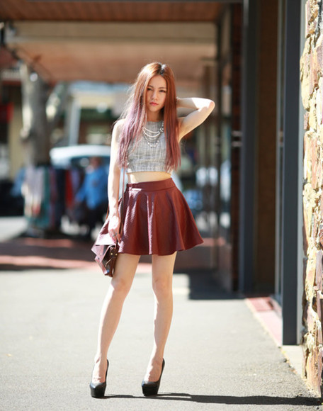 top cropped blogger chloe ting jewels patineuse burgundy