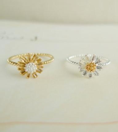 louun — Simple Daisy Ring