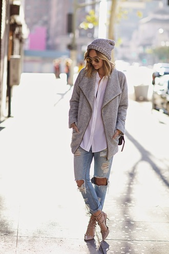 late afternoon blogger sunglasses ripped jeans studded shoes winter outfits grey white shirt knitted beanie