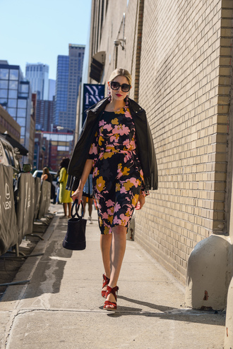 modern ensemble blogger dress jacket shoes sunglasses bag sandals leather jacket floral dress handbag fall outfits