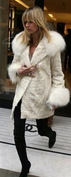 faux fur coat white ivory fur collar fur cuffs
