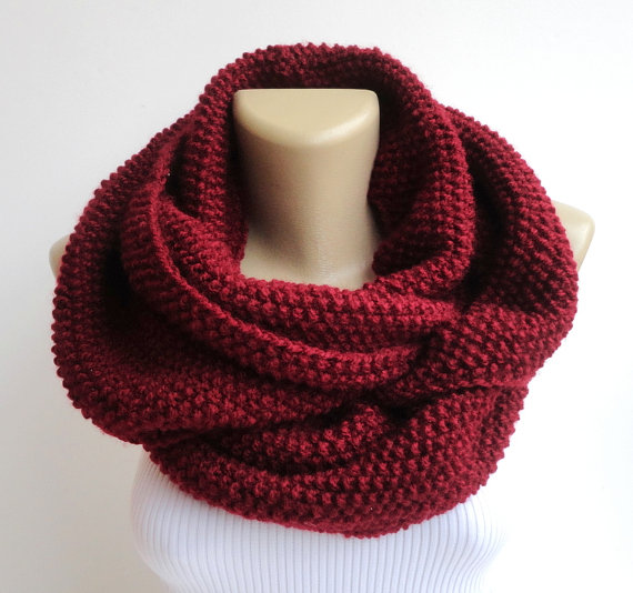 Valentines day gift scarf burgundy knitted by senoaccessory