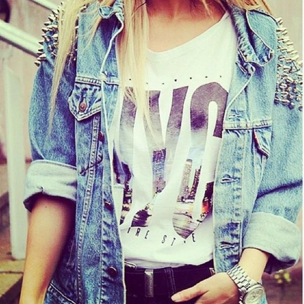jacket t-shirt