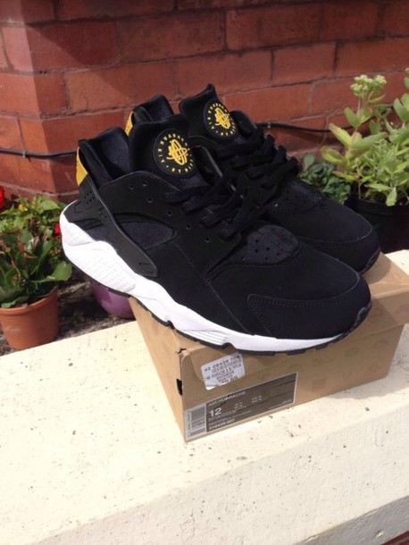 nike huaraches with shorts